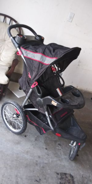 Baby trend stroller for Sale in Thermal, CA