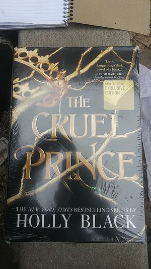 The cruel prince ,Holly black book set. Three books also includes the wicked king and the queen of nothing for Sale in Denver, CO