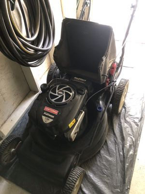 Lawn mower , blower , ez start , edger all in great condition , owner hired landscapers as they are not able anymore, make n offer and get all .. for Sale in Buena Ventura Lakes, FL