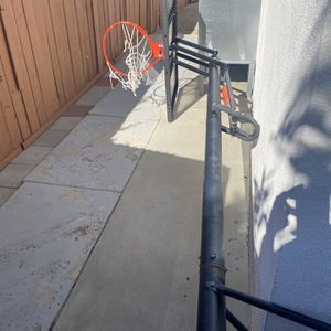 "Lifetime Basketball Court 52"" for Sale in Tujunga, CA"