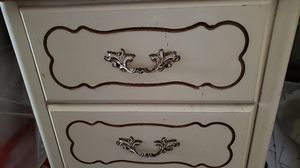 2 drawer chest for Sale in Vidalia, LA