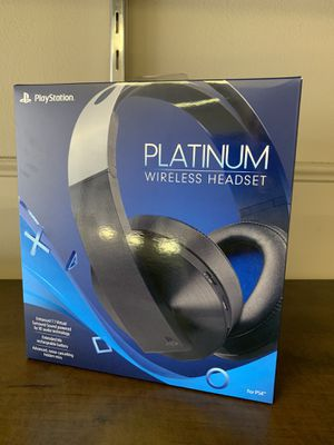 SONY PLAYSTATION PS4 PLATINUM WIRELESS HEADSET BRAND SEALED for Sale in Southfield, MI