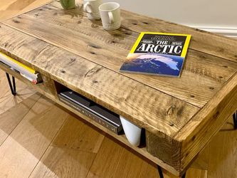 Rustic Coffee Table for Sale in East Wenatchee,  WA