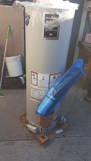 Water Heater 40gal, Brand New in Box for Sale in Santa Ana, CA