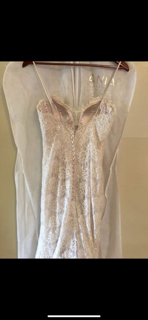 Vintage Lace Style Wedding Dress Size 4 for Sale in Clearwater, FL