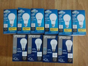 10 soft white energy efficient LED bulbs (6 9.5W and 4 15W bulbs) for Sale in Chelsea, MA