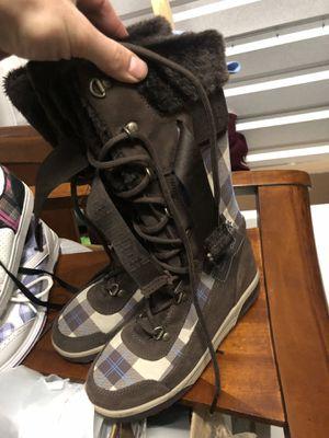 Women's DC snow boots for Sale in Auburn, WA
