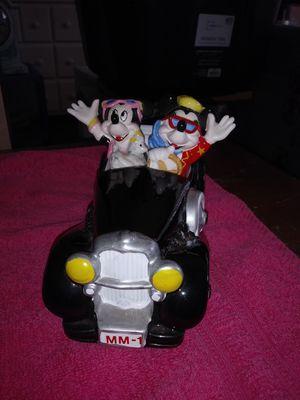 Mickey n Minnie figuerine for Sale in Garden Grove, CA