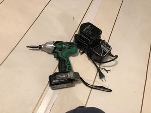Hitachi cordless impact driver whith 2 battery charger and bit for Sale in Collinsville, IL