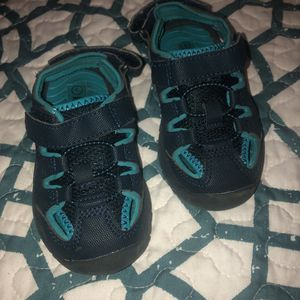 Toddler boy Velcro water shoes/ sandals for Sale in Los Angeles, CA