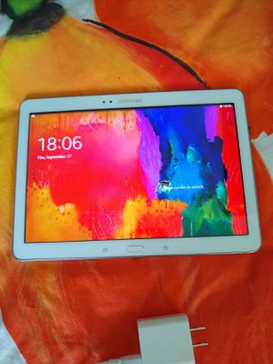 Samsung Tab Pro SM-T520, 16GB, Wifi, 10.1 inches. With Charger. for Sale in Hialeah, FL