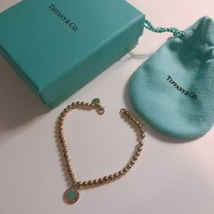 Brand new Tiffany & Co Round Heart Charm Bracelet for Sale in Issaquah, WA