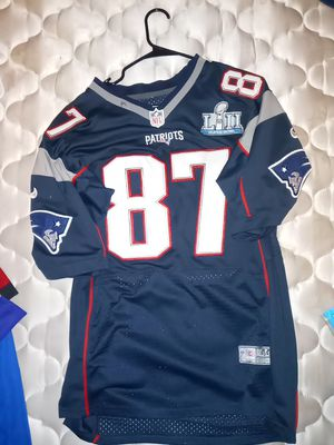 A Patriots Gronkowski football jersey for Sale in Hesperia, CA