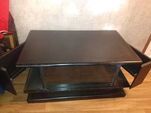 Swivel top TV stand for Sale in Lexington, KY