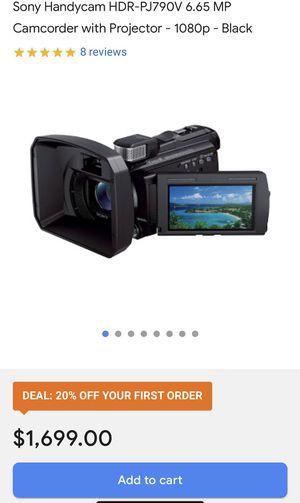 SONY HDR-PJ790V Camcorder Projector Kit for Sale in Castleton, IN
