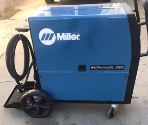 Miller 252 welder for Sale in West Carson, CA