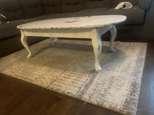 Matching coffee table and end table for Sale in St. Louis, MO