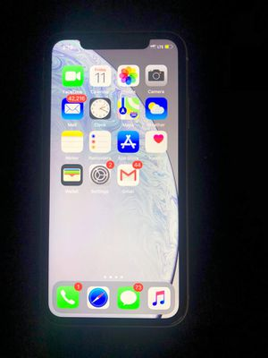 iPhone XR for Sale in Virginia Beach, VA