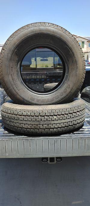St235/80/r16 trailer tires en muy buenas condiciones bonitas y baratas 👌🎈🎈🎈🙂👍 for Sale in Highland, CA