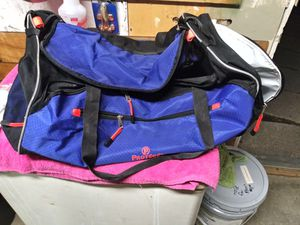 Extra large duffle bag like new for Sale in Indianapolis, IN