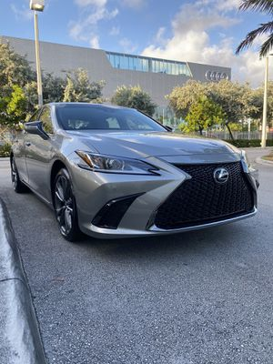CAR RENTAL. LEXUS ES F-SPORT YEAR: 2020 for Sale in Pompano Beach, FL