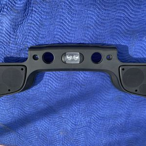 Jeep Wrangler JK Over Head Sound Bar OEM 5RB11DX9AC for Sale in Miami Gardens, FL
