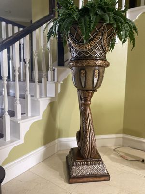 Fake Plant Decor (FIXED PRICE) for Sale in Sugar Land, TX