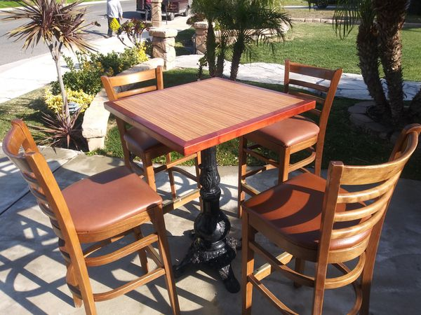 TABLE BAR & RESTAURANTS $300 SET