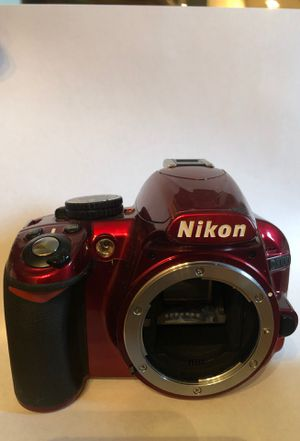 Nikon D3100 and Lens for Sale in Columbus, OH