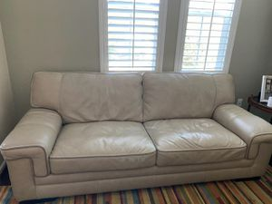 Leather sofa/couch for Sale in Hayward, CA