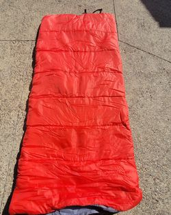 One Person Sleeping Bag, Side Zipper, Straps For Easy Organizing, 32 Degree! for Sale in San Diego,  CA