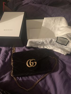 2 brand new authentic Gucci purses special price $1500.00!! for Sale in Sunrise, FL