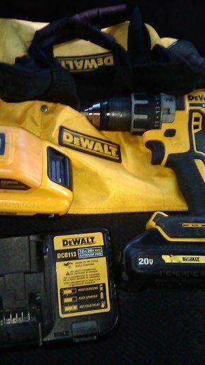 Drill DeWalt 20 vmax XR for Sale in Wilmington, CA