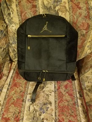 AIR JORDAN SKYLINE VELOUR BACKPACK for Sale in Los Angeles, CA
