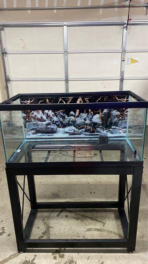 Aquarium Fish tank for Sale in HILLTOP MALL, CA