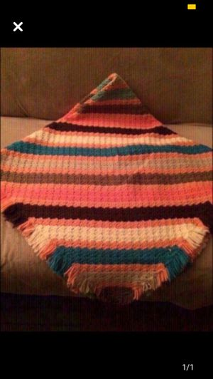 Beautiful stripped super soft and heavy hand crocheted throw afghan w fringes for Sale in Milnesville, PA