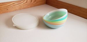 5 vintage tupperware bowls with lids. for Sale in Lake Stevens, WA
