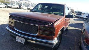 1998 Chevy GMC Yukon for Parts 047102 for Sale in undefined