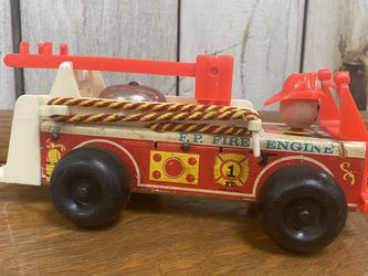 Vintage Fisher Price Fire Truck for Sale in Fort McDowell,  AZ
