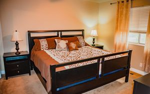 King size complete bedroom set with Mattress for Sale in West Valley City, UT