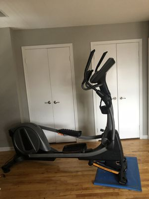 NordicTrack SpaceSaver SE9i Elliptical * $1,500 VALUE* for Sale in Jersey City, NJ
