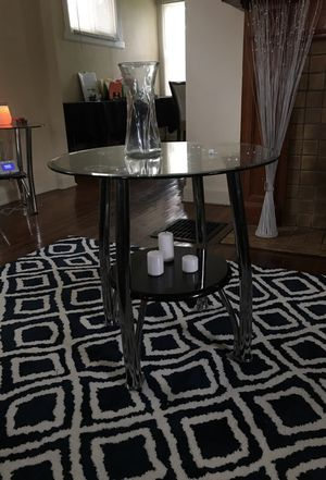 3 End tables for Sale in Columbus, OH