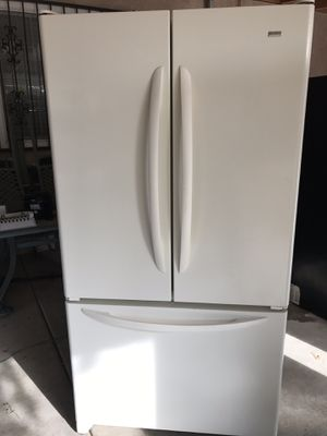 Kenmore Elite French door refrigerator for Sale in Fresno, CA