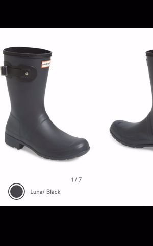 Hunter rain boots size 8M for Sale in Jurupa Valley, CA