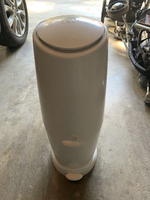 Diaper genie for Sale in Gold River, CA