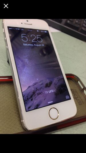 iPhone 5S 32gg Att carrier for Sale in Rockville, MD
