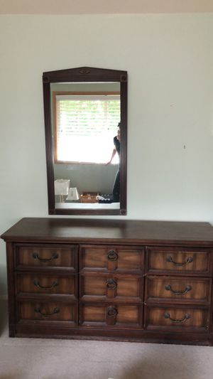 Antique Dresser and Mirror for Sale in Issaquah, WA