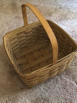 Medium Longaberger Basket From 1985 for Sale in Alexandria,  VA