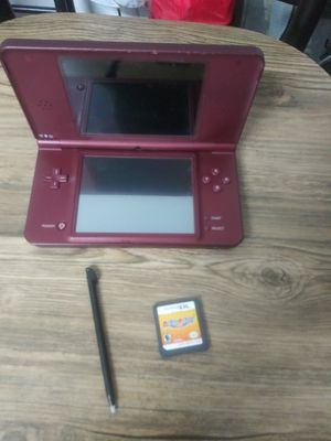 DSi XL with 1 game and stylus for Sale in Las Vegas, NV