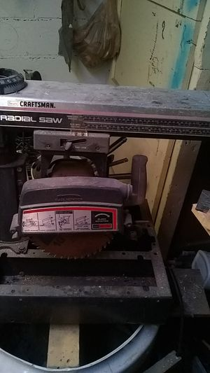 Sears craftsman radial saw. for Sale in Wichita, KS